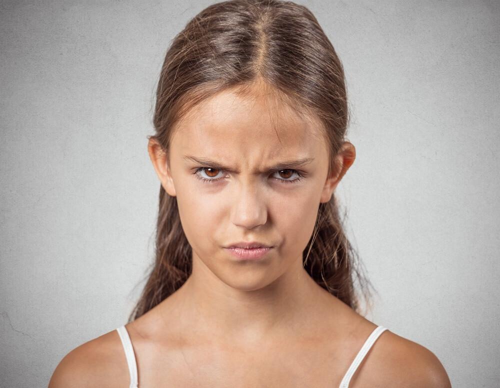 Подросток грубит