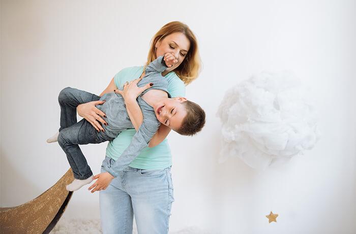 Почему ребенок истерит
