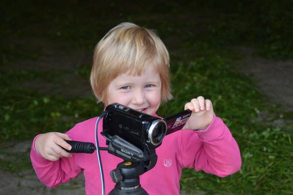 ребенок блогер