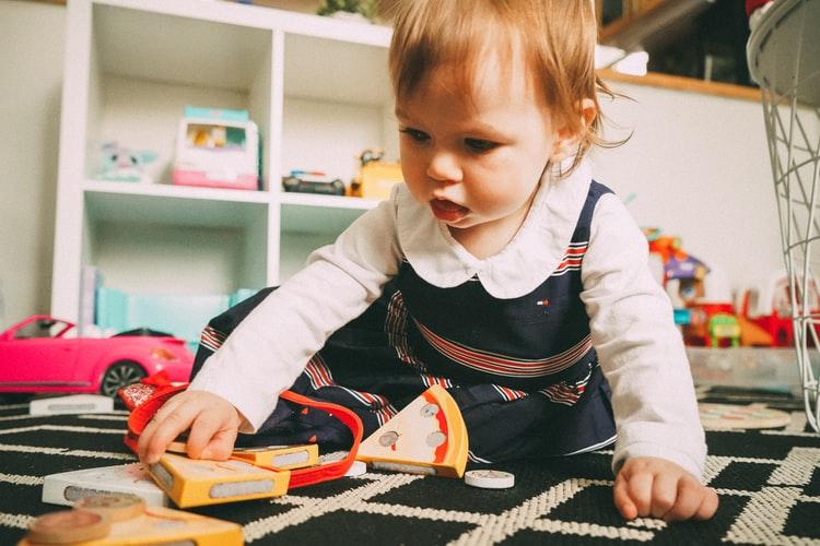 В каком возрасте лучше отдавать ребенка в садик