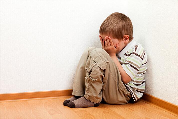 Можно ли обсуждать ребенка с другими родителями в интернете