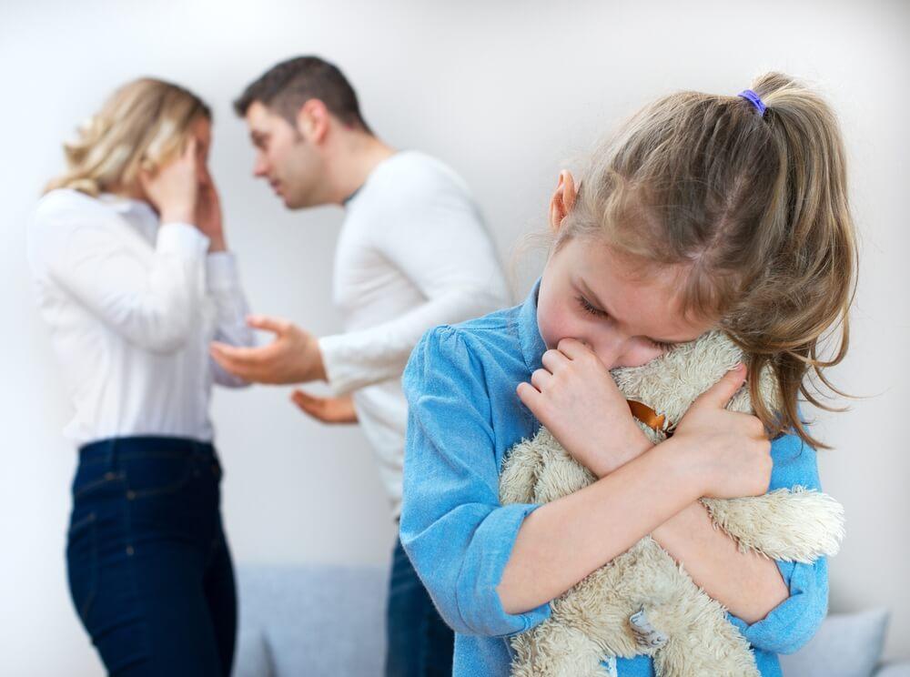 Чего нельзя говорить ребенку после развода