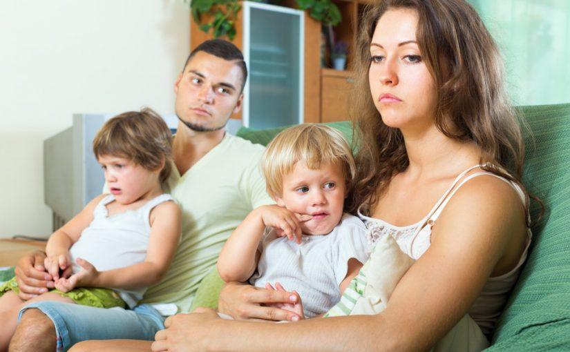 Что делать родителям при проявлении детской ревности