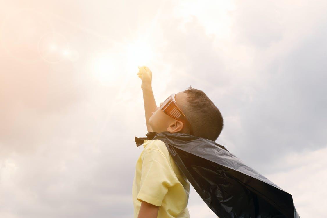Почему дети любят супергероев