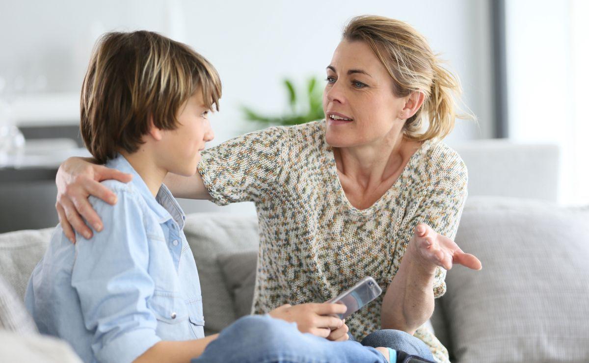 Как научить о ребенка уважать взрослых