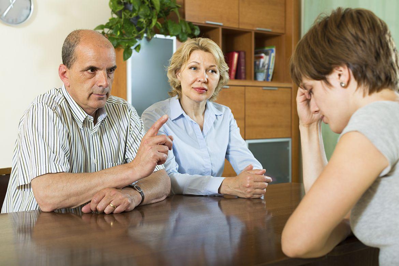 Почему возникают трудности в общении с подростком